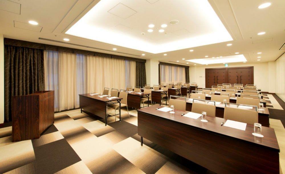 メルキュールホテル 会議室1(スクール)